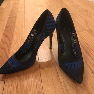 Zara women navy and black fishnet stilettos